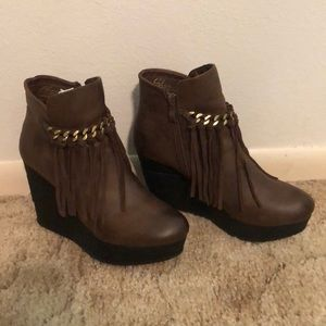 Sbicca Ankle Boots BRAND NEW!!